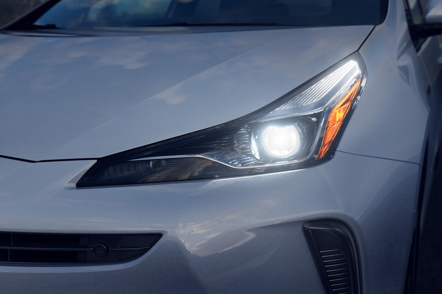Toyota Prius Headlight Jpg