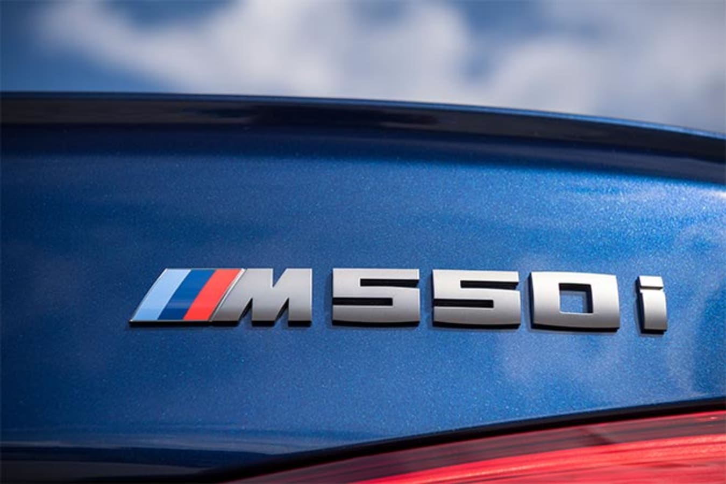 BMW M550i xDrive badge
