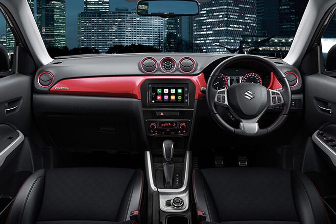 Suzuki Vitara Turbo interior