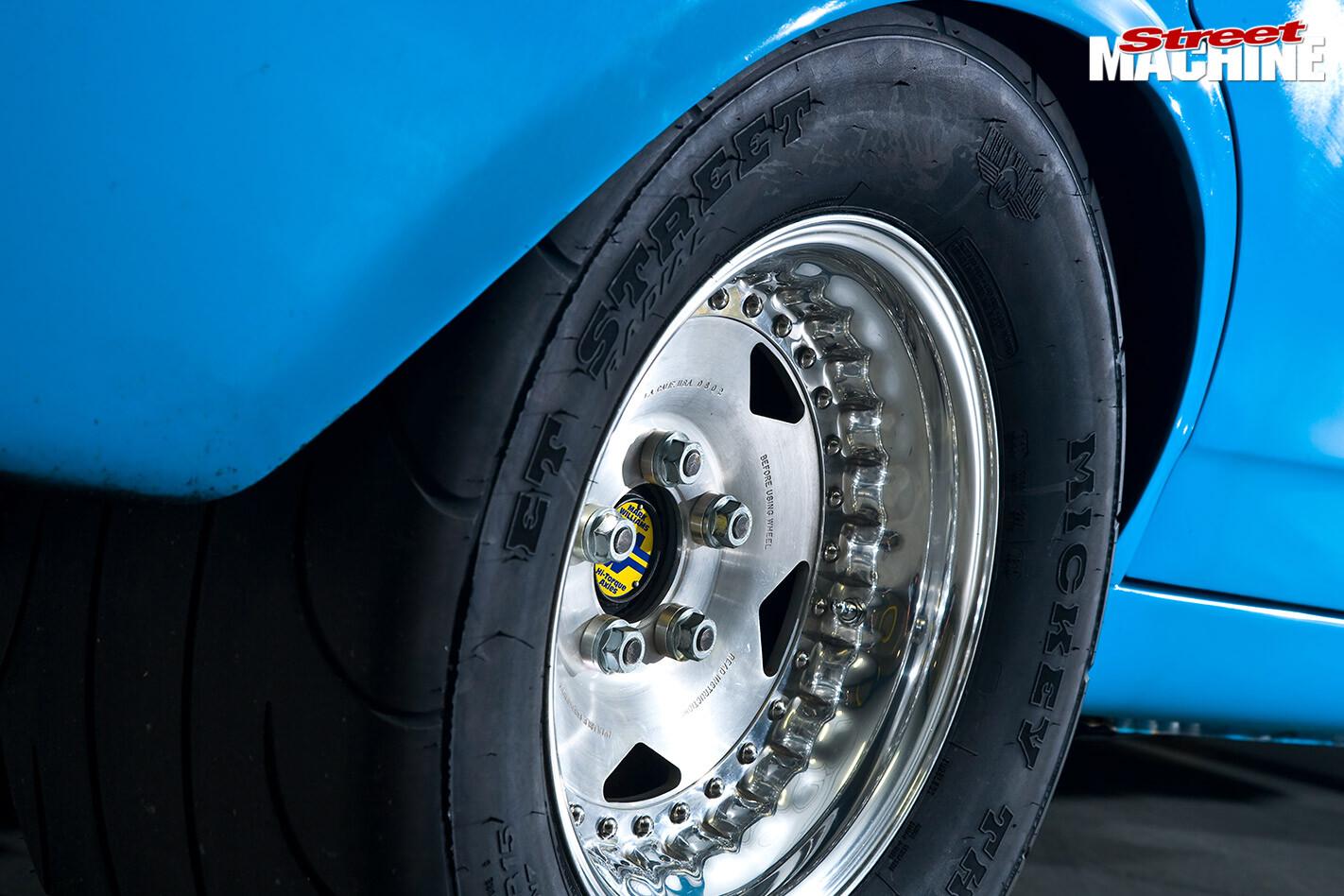 Ford XR Falcon wheel