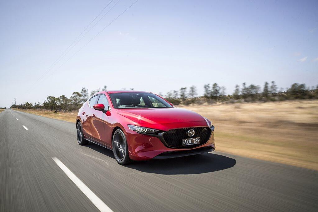 2019 Mazda 3 video review
