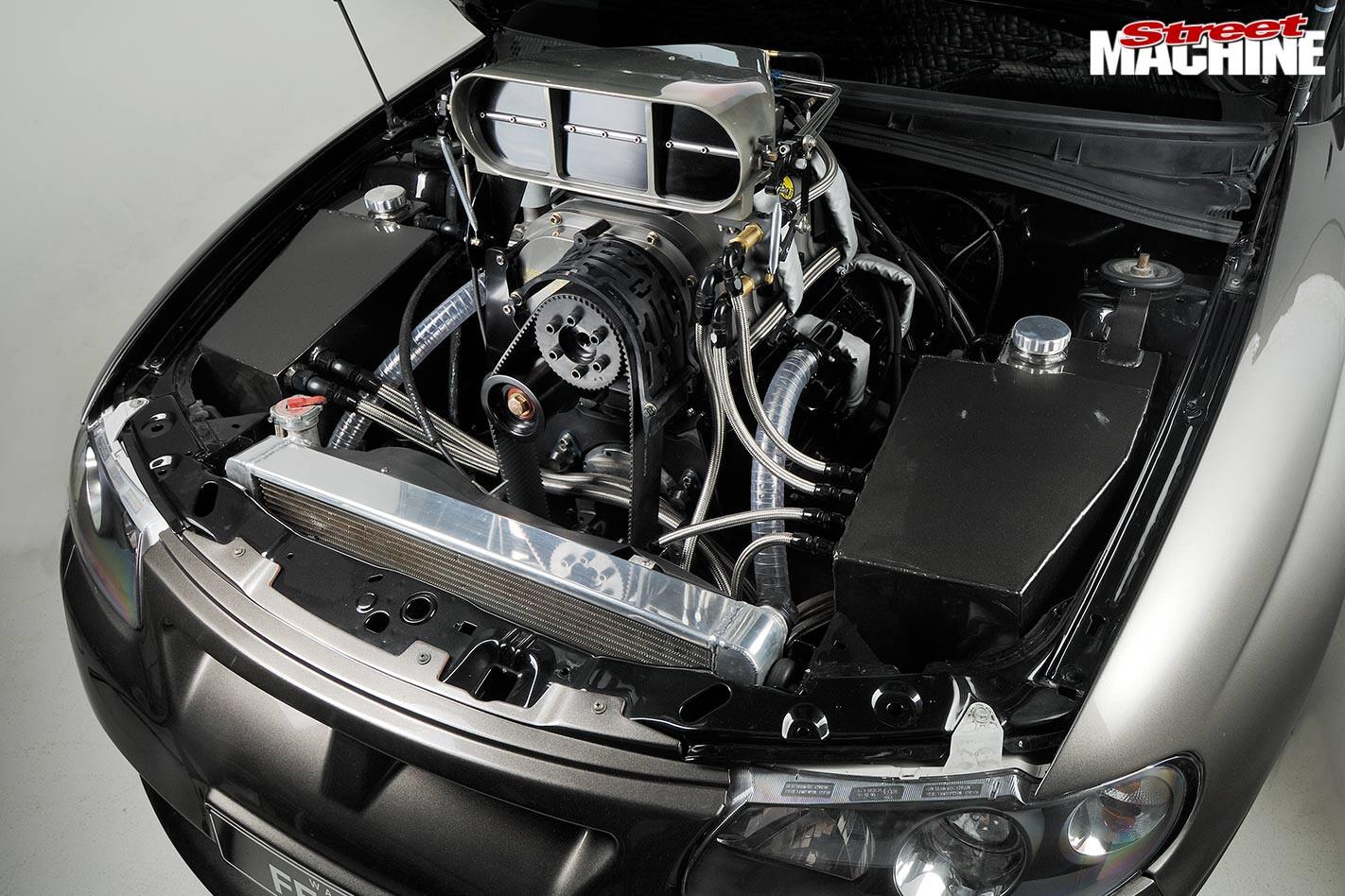 HSV GTO engine bay