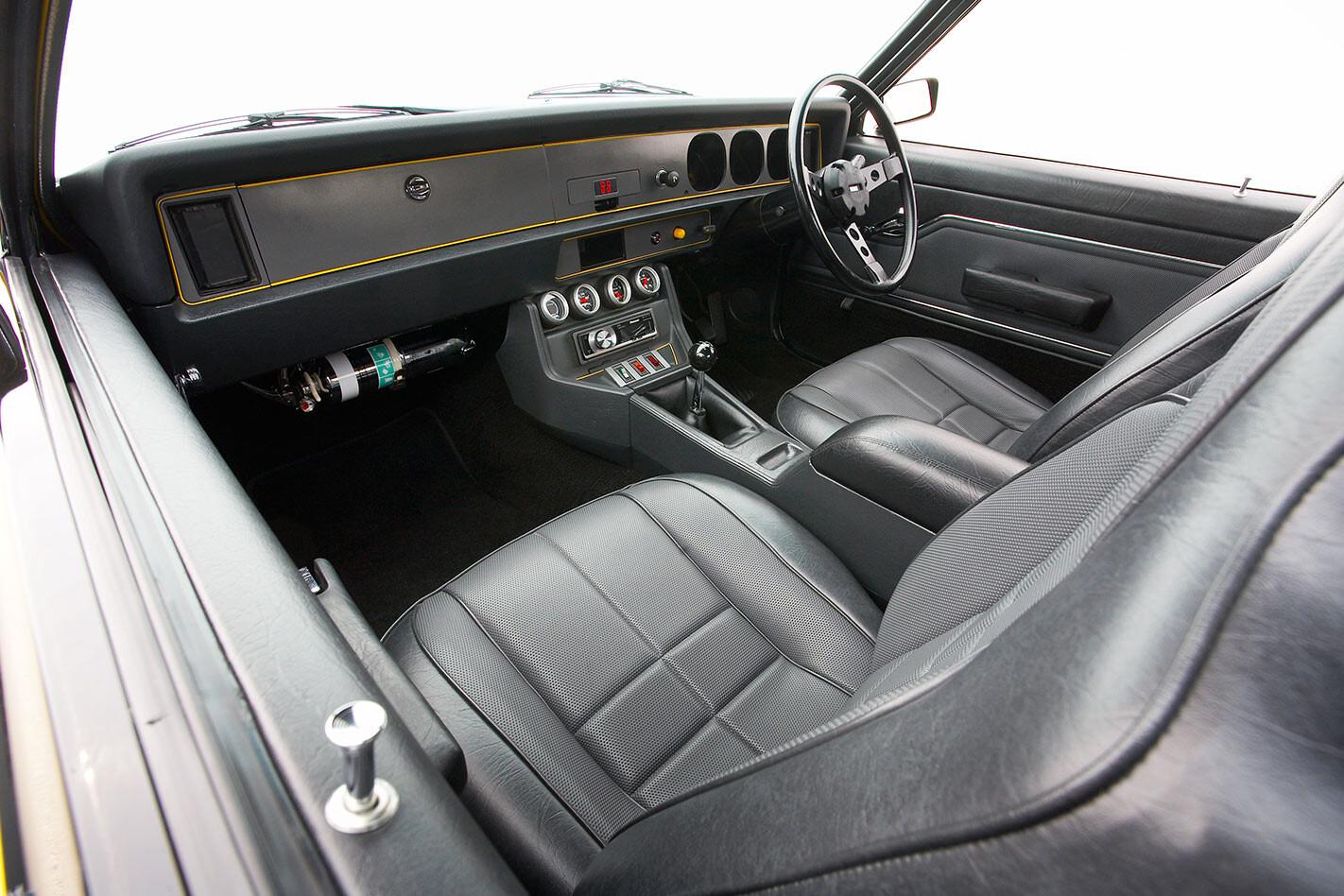 Holden Torana SS iinterior