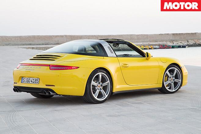 Porsche -911-targa -rear