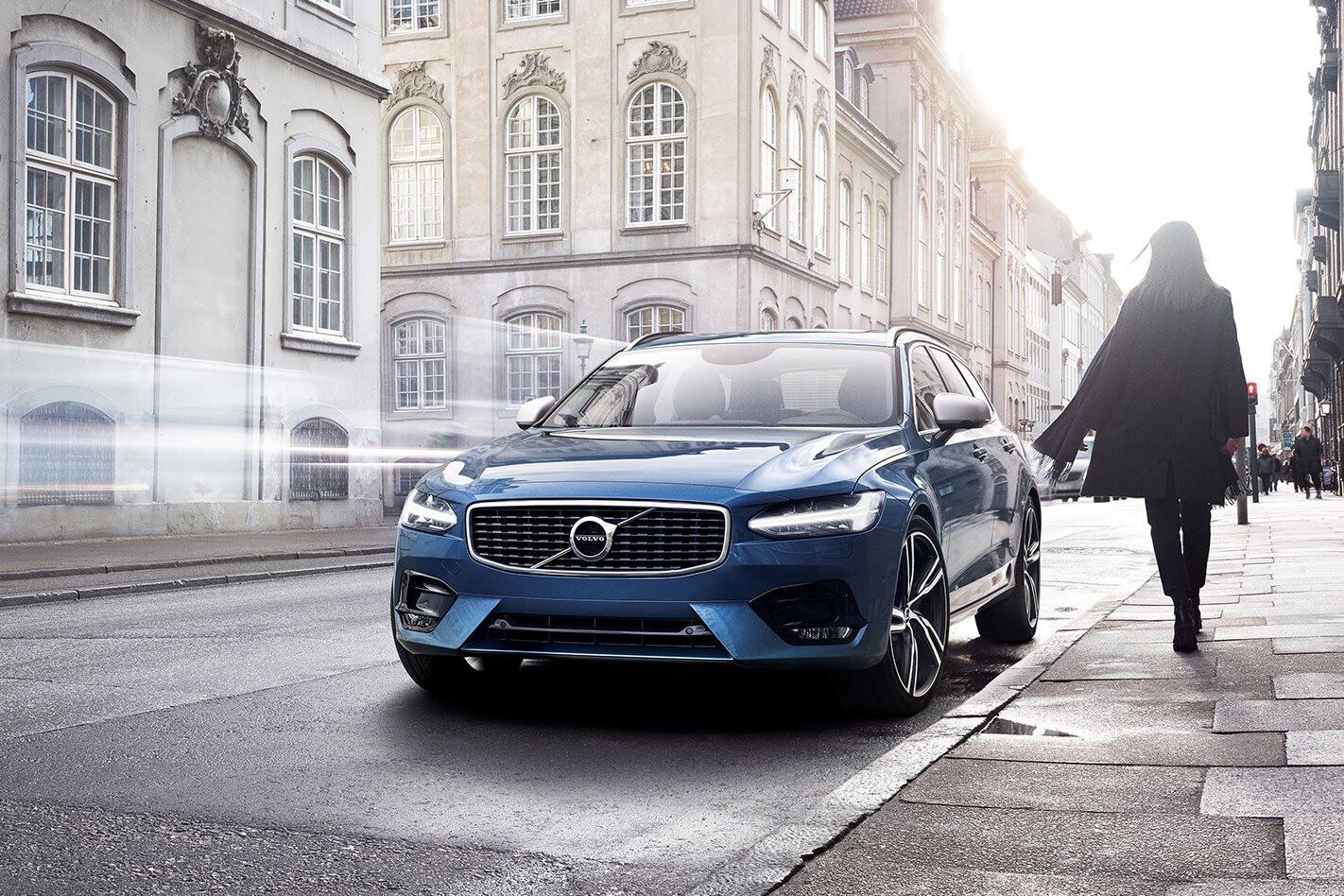 2017 Volvo S90 T6 R-Design arrives in Australia
