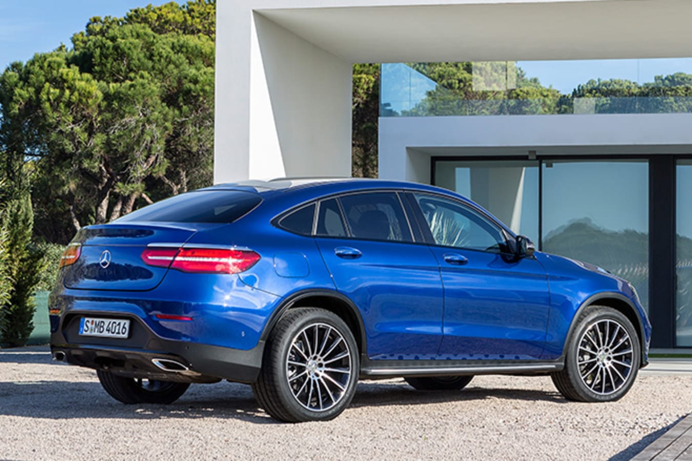 Mercedes GLC Coupe side rear