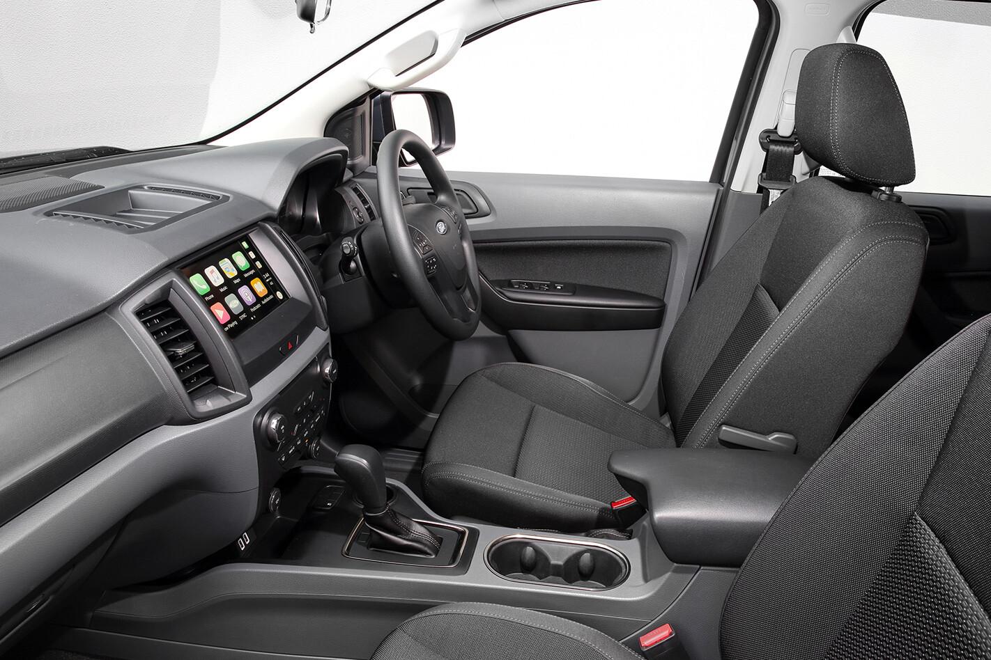 2018 Ford Everest interior