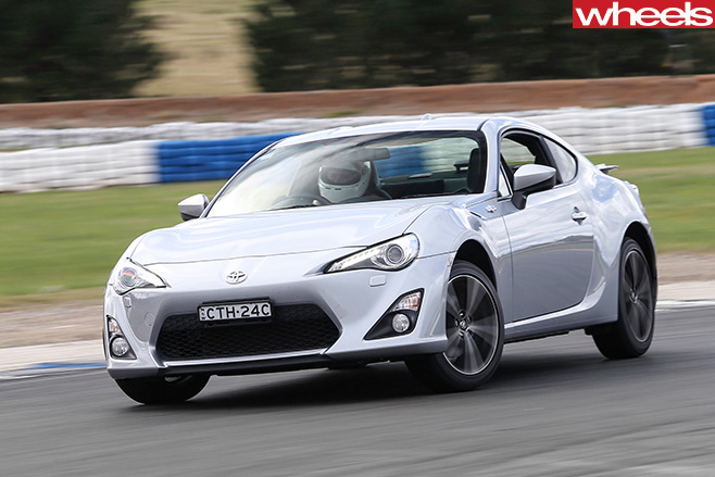 Toyota -86-GTS-driving -front