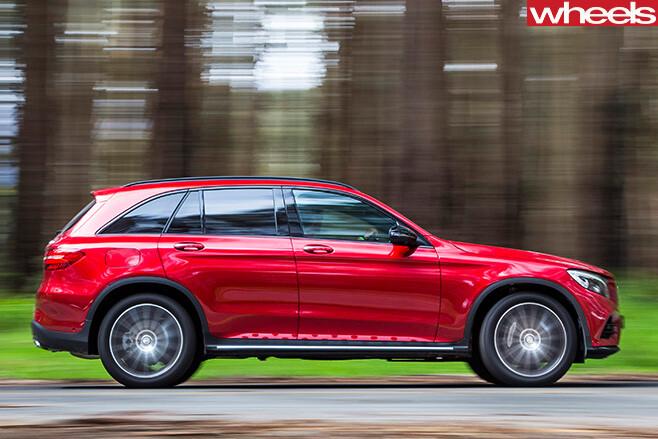 Mercedes -Benz -GLC-side -driving -straight