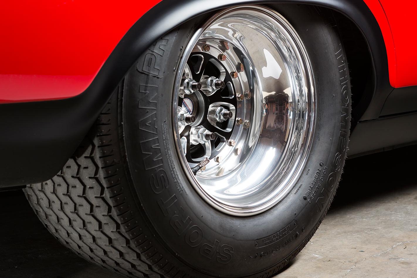 Ford Falcon XA coupe rear wheel