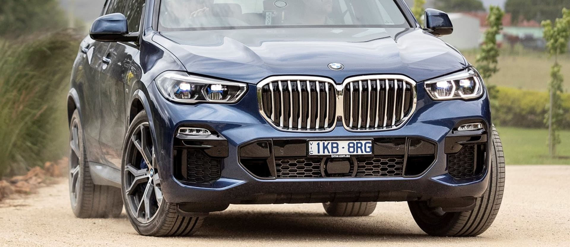 2019 Bmw X 5 Front Action Jpg