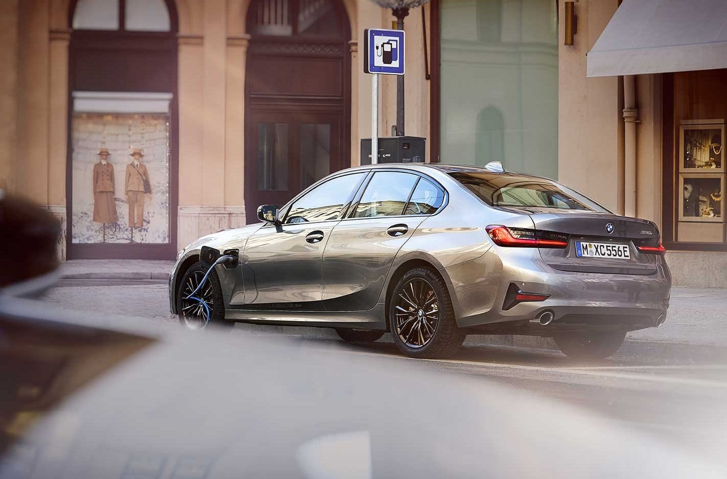 BMW recalls small batches of vehicles for fire and steering failure risks
