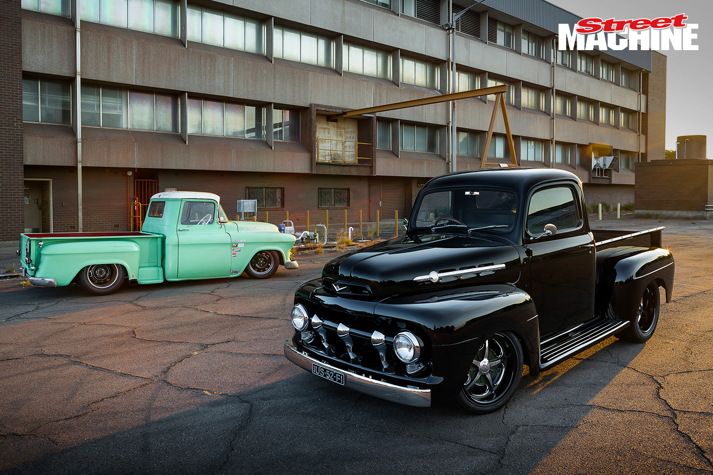 52 Ford F1 Pick Up 2