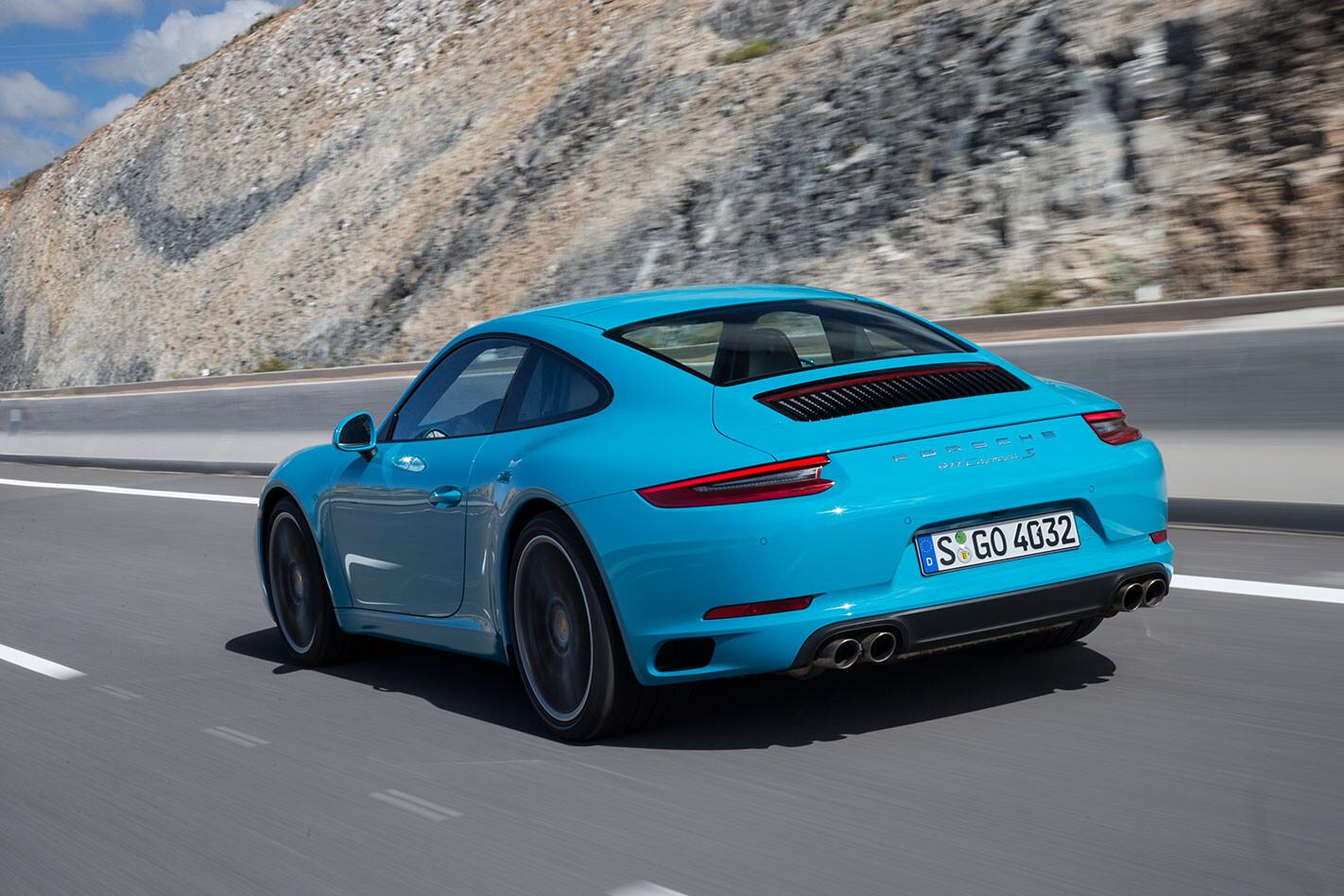 Porsche -991.2-911-Carrera -S-rear