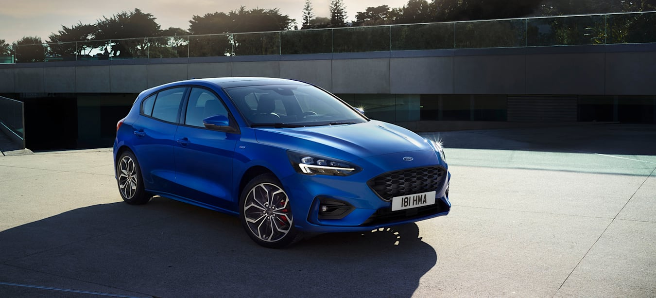 FORD_2018_FOCUS_ST LINE__04   WHEELS WIDE