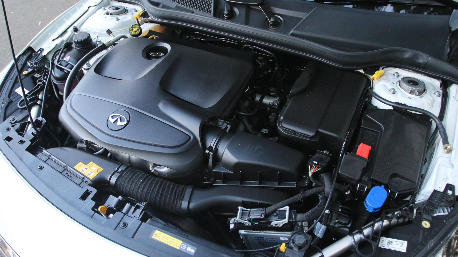 2019 Infiniti Q30 2.0-litre engine