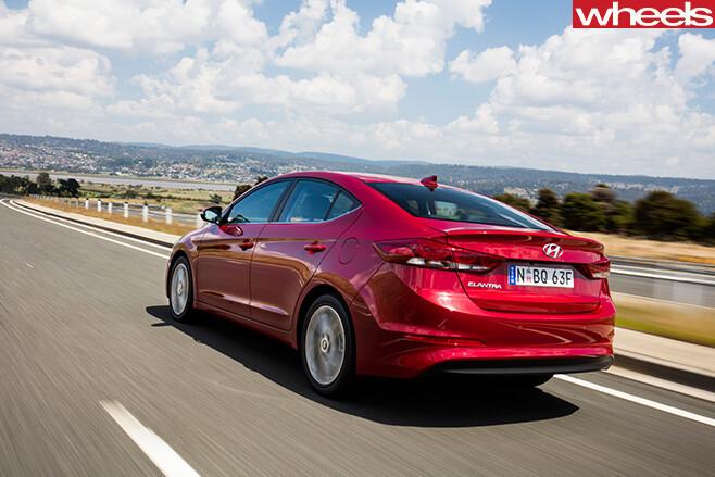 Hyundai -Elantra -rear -drive