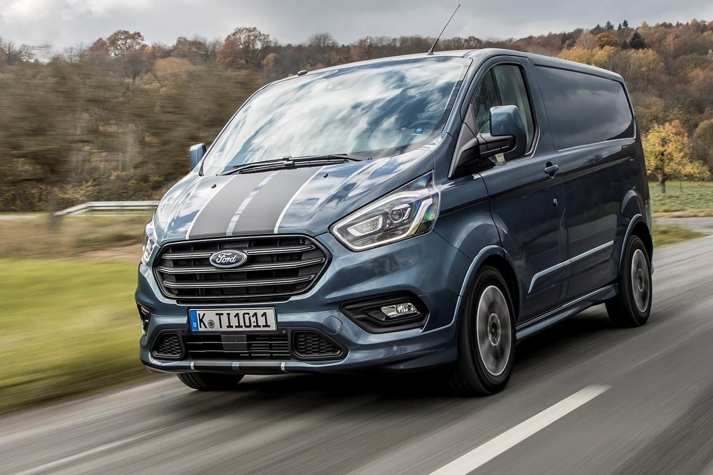 2019 Ford Transit Custom Sport Front Side Action H Jpg