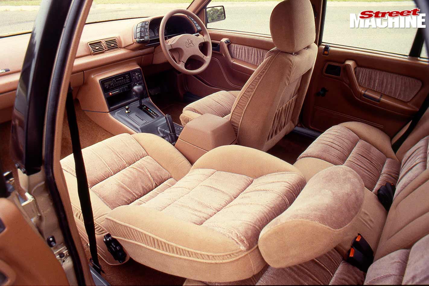 Holden Commodore VN interior