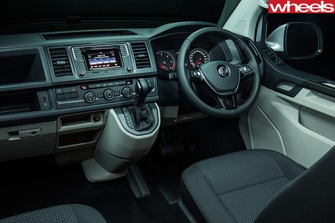 VW-Transporter -front -seats