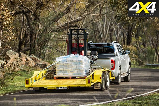 Nissan navara tows trailer rear