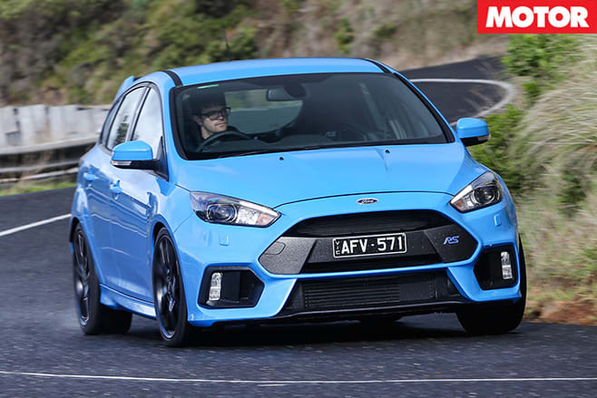 2016-ford -focus -rs -front -driving