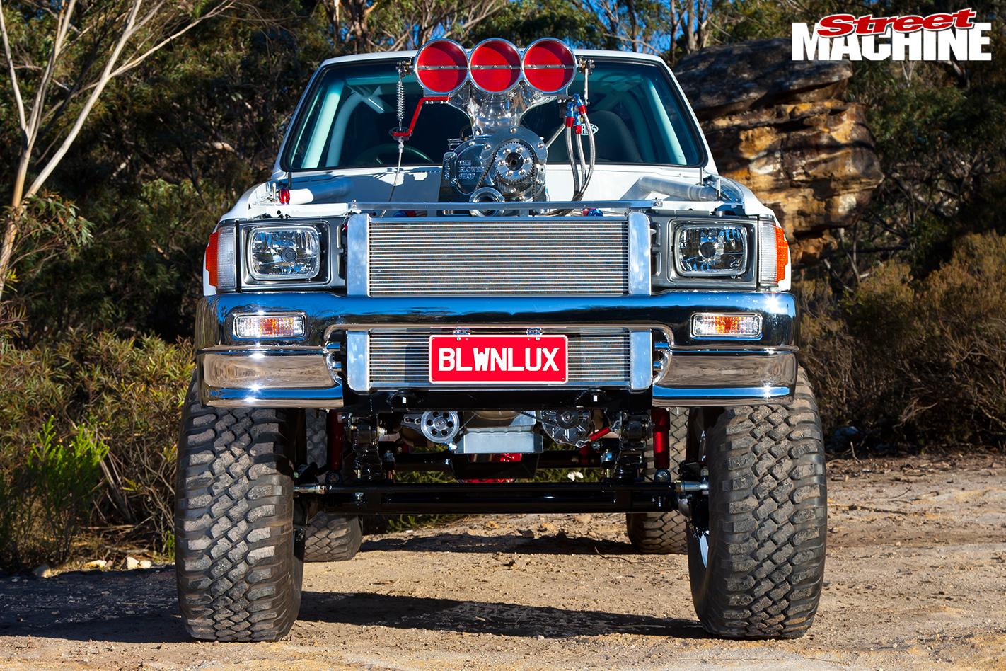 Toyota -Hilux -front