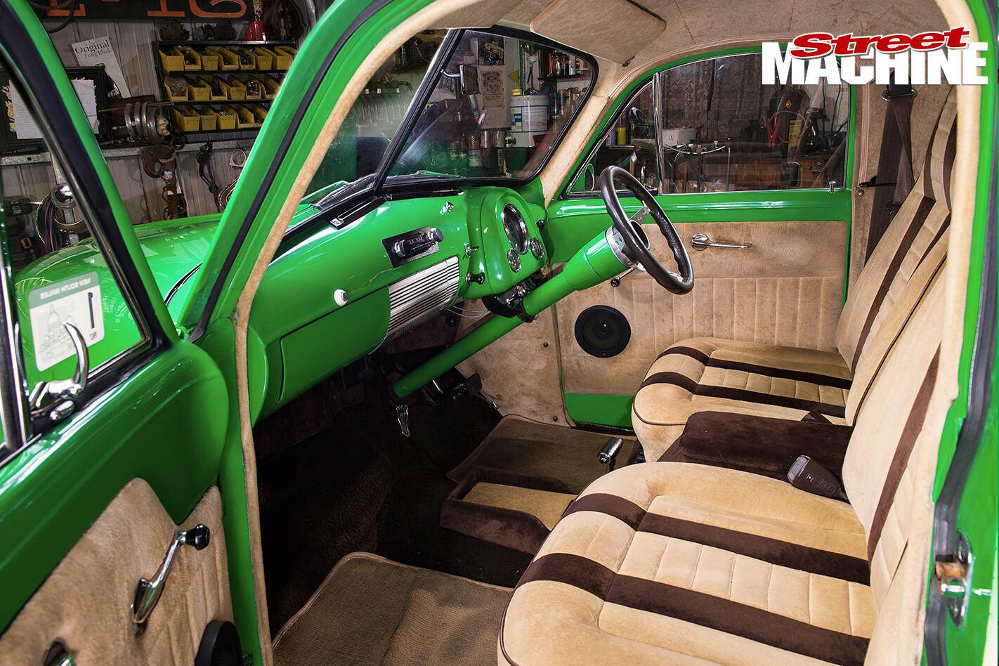 Holden -FJ-Utility -interior -2