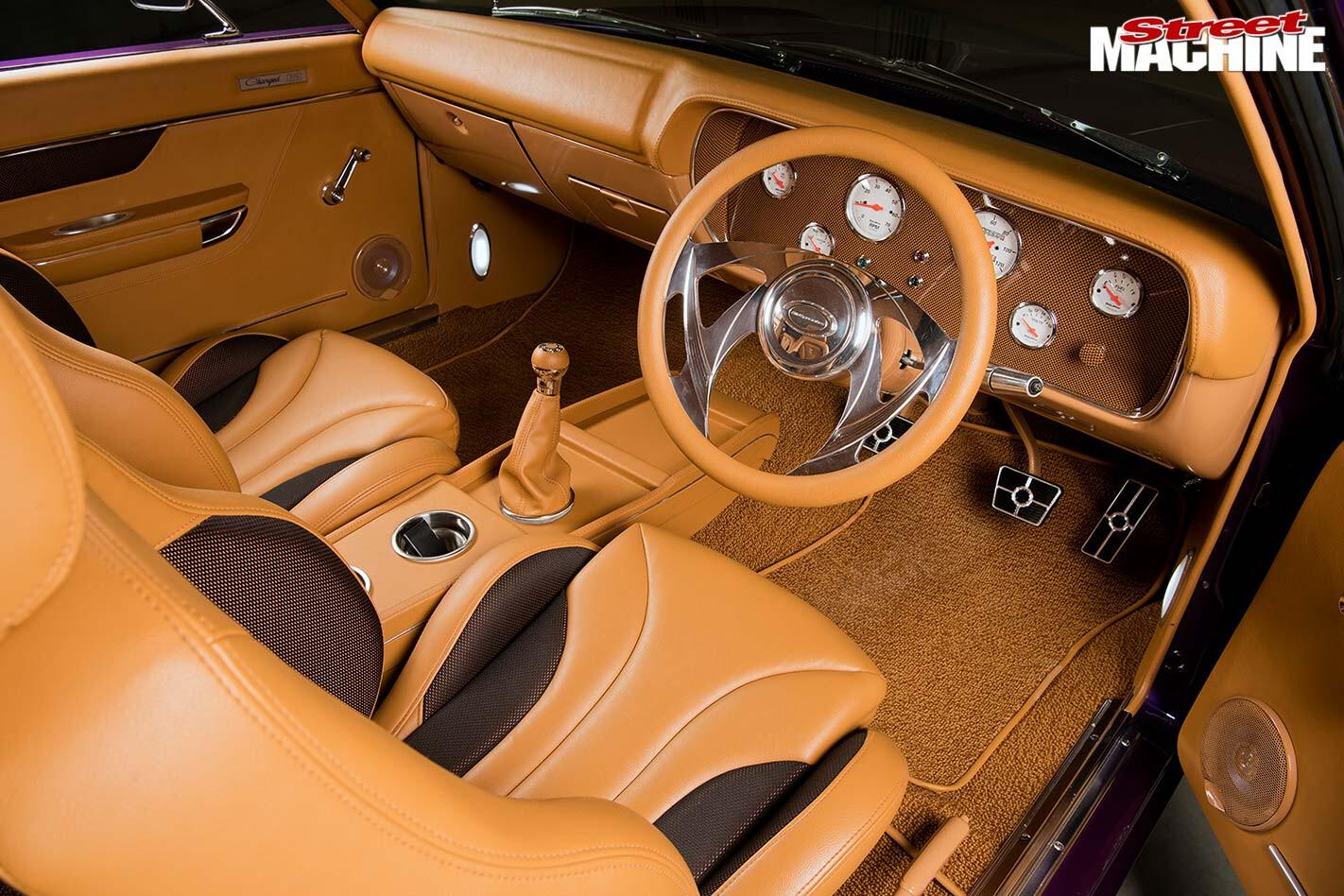 Chrysler VJ Charger interior