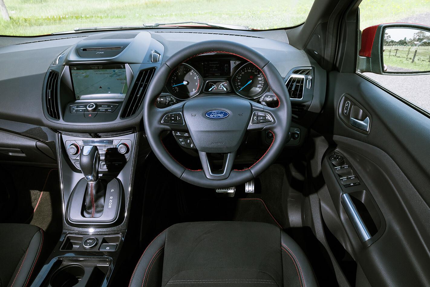 Twin Ford Inteiror Jpg