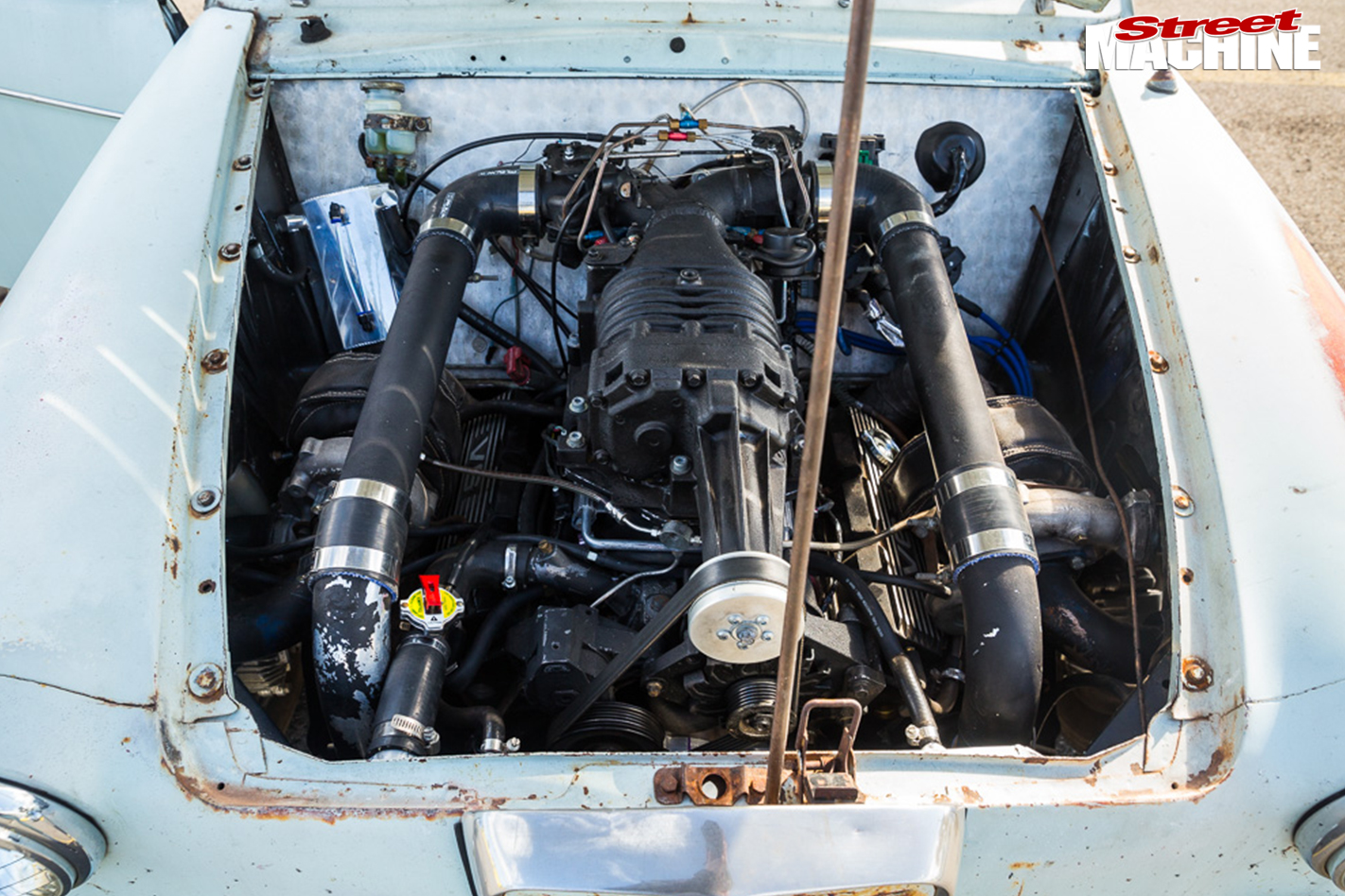 Austin -lancer -engine -bay -2