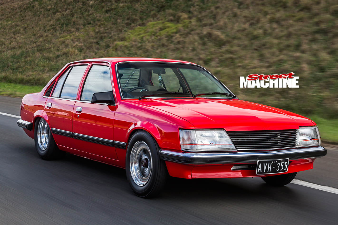 Holden -Commodore -VH-onroad -2