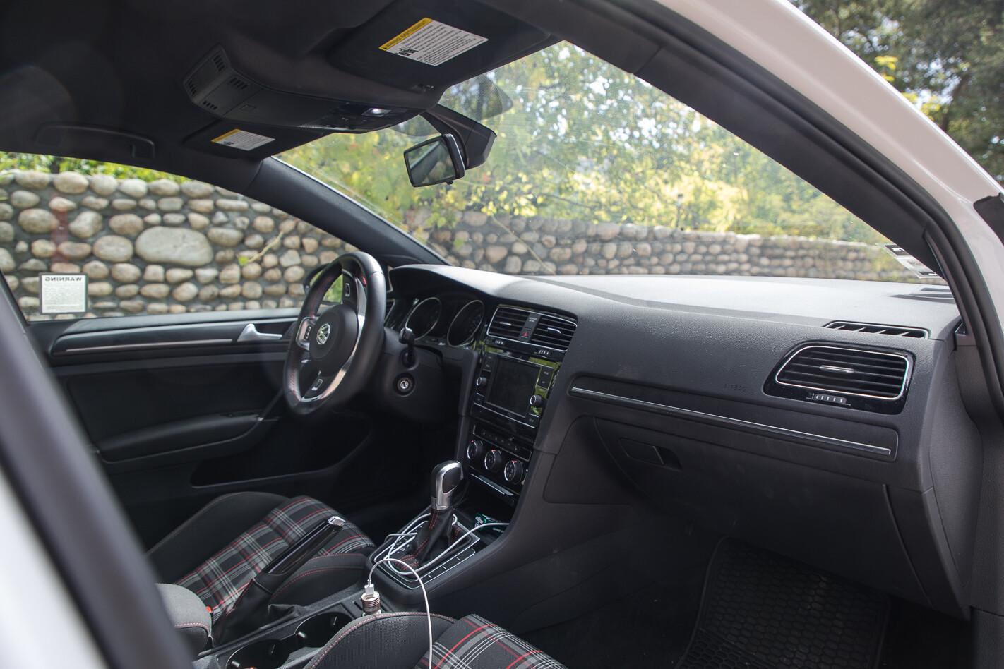 volkswagen golf GTI 2019