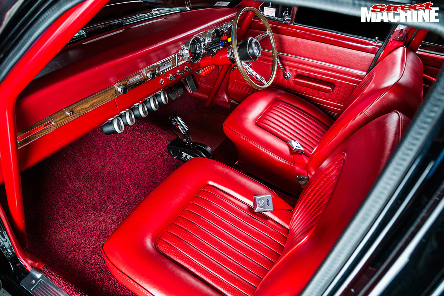 Ford -Falcon -XR-interior -front