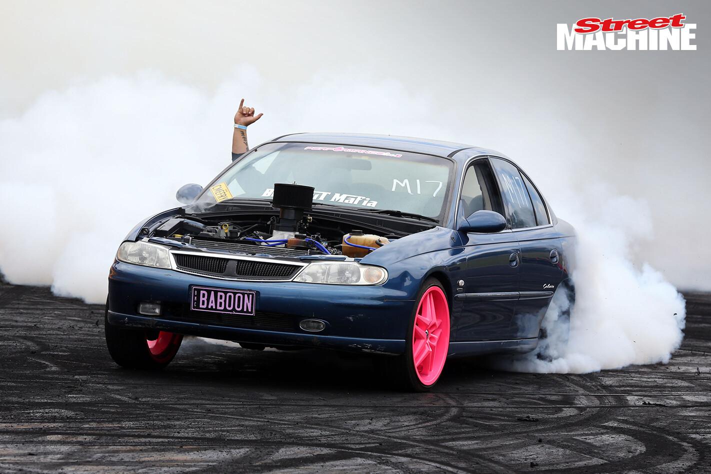 Holden Calais Burnout