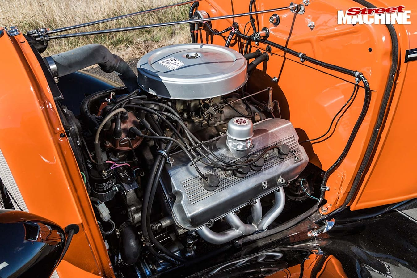 1932 Ford pickup engine