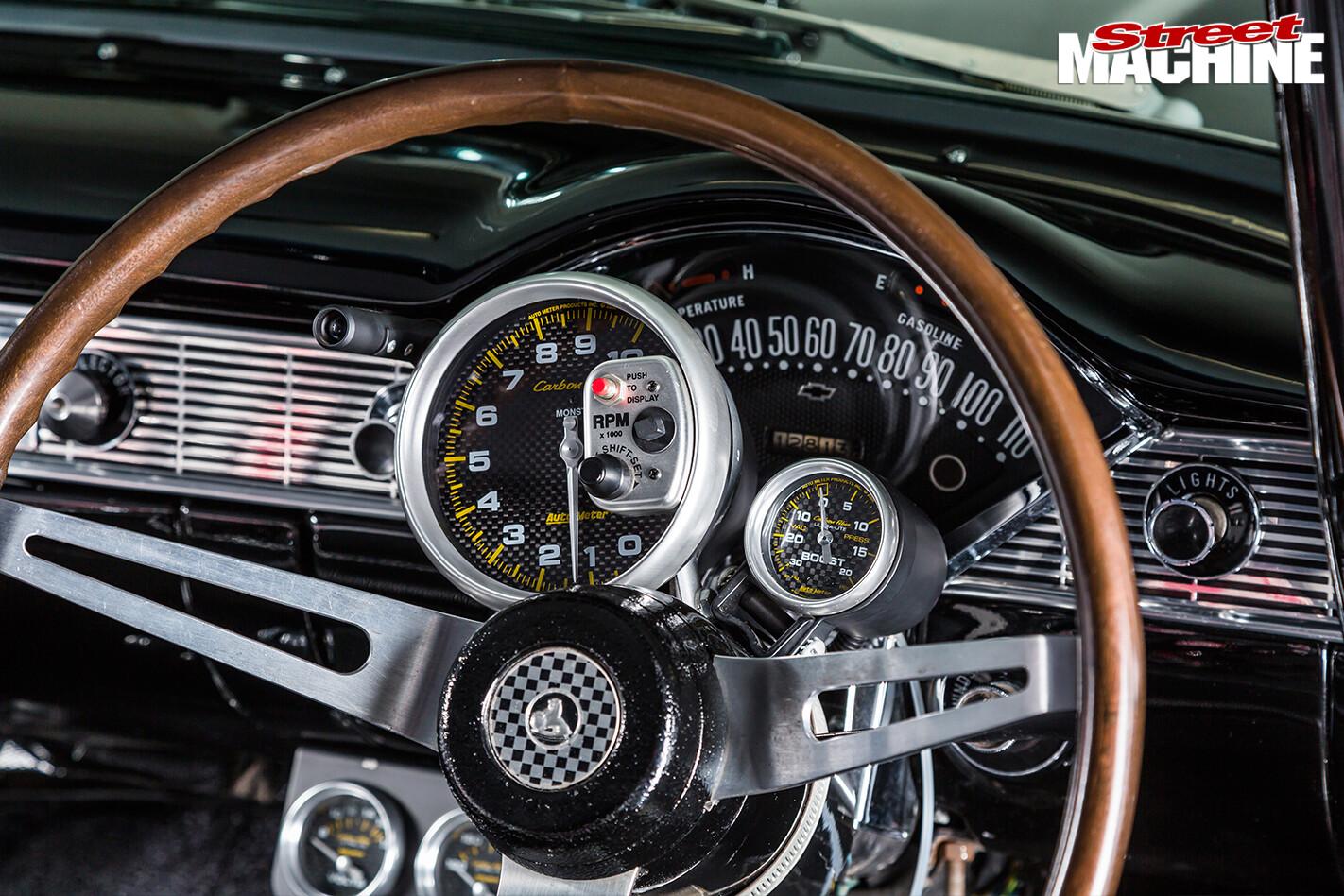 1957-Chevrolet -dash