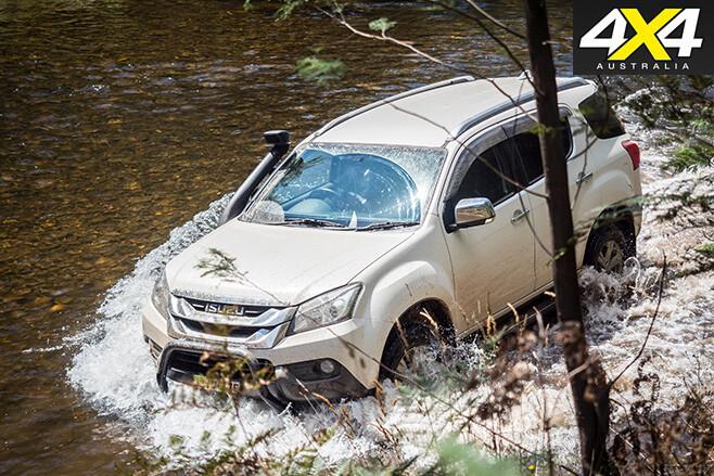 Isuzu mu-x water driving