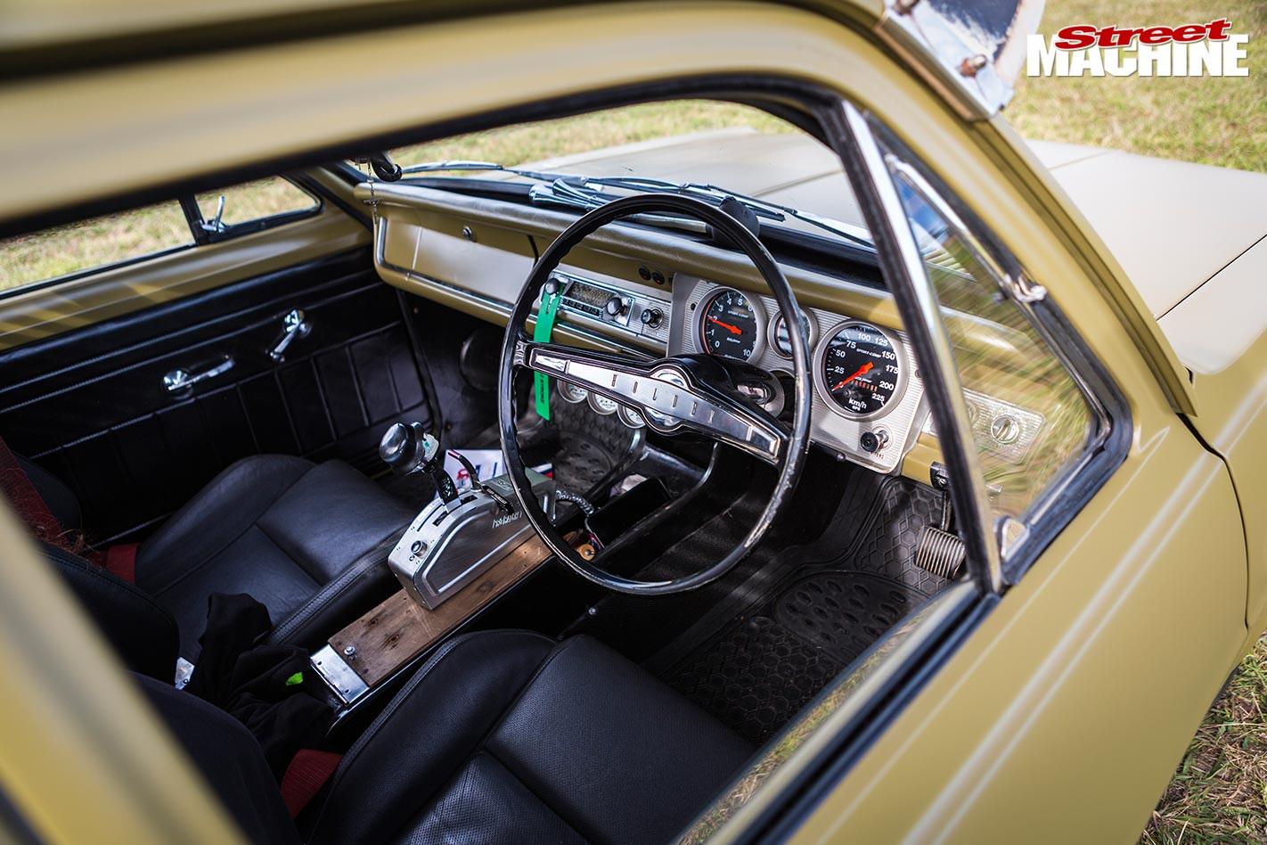 Holden HR ute interior