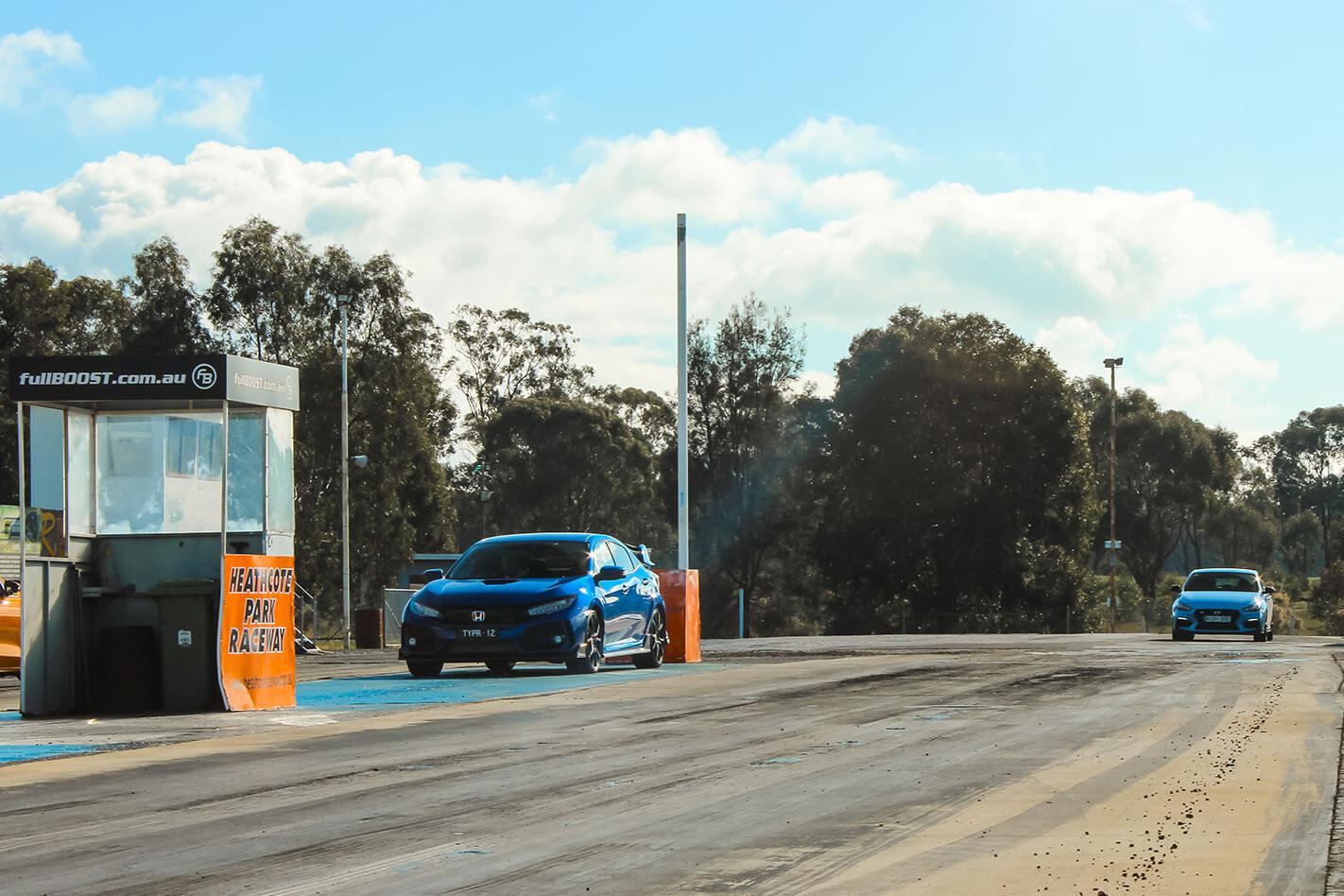 Honda Civic Type R & Hyundai i30N drag