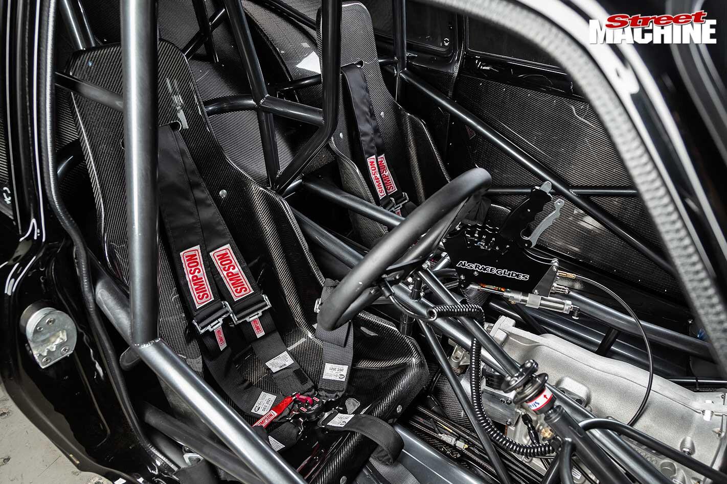 Holden LJ Torana seats