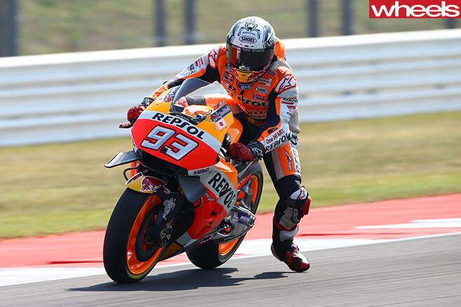 Motogp -Marc -Marquez -riding