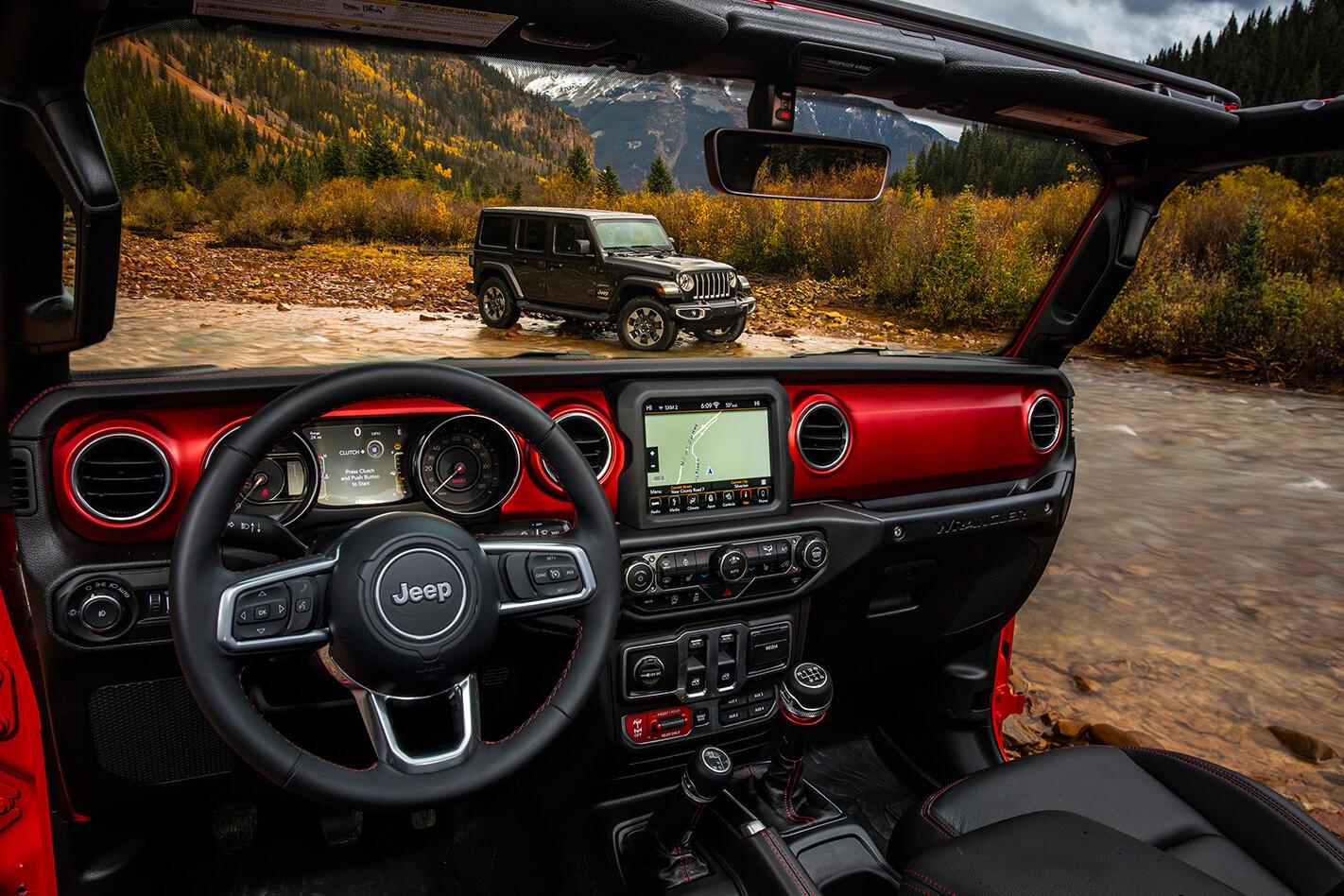 2018-Jeep-Wrangler-interior.jpg