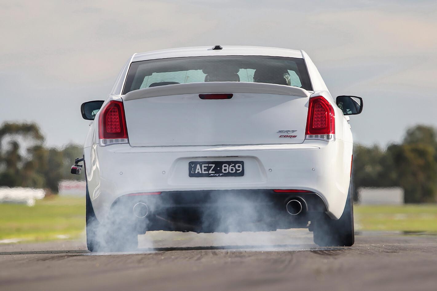 Chrysler -300-Core -rear -burnout