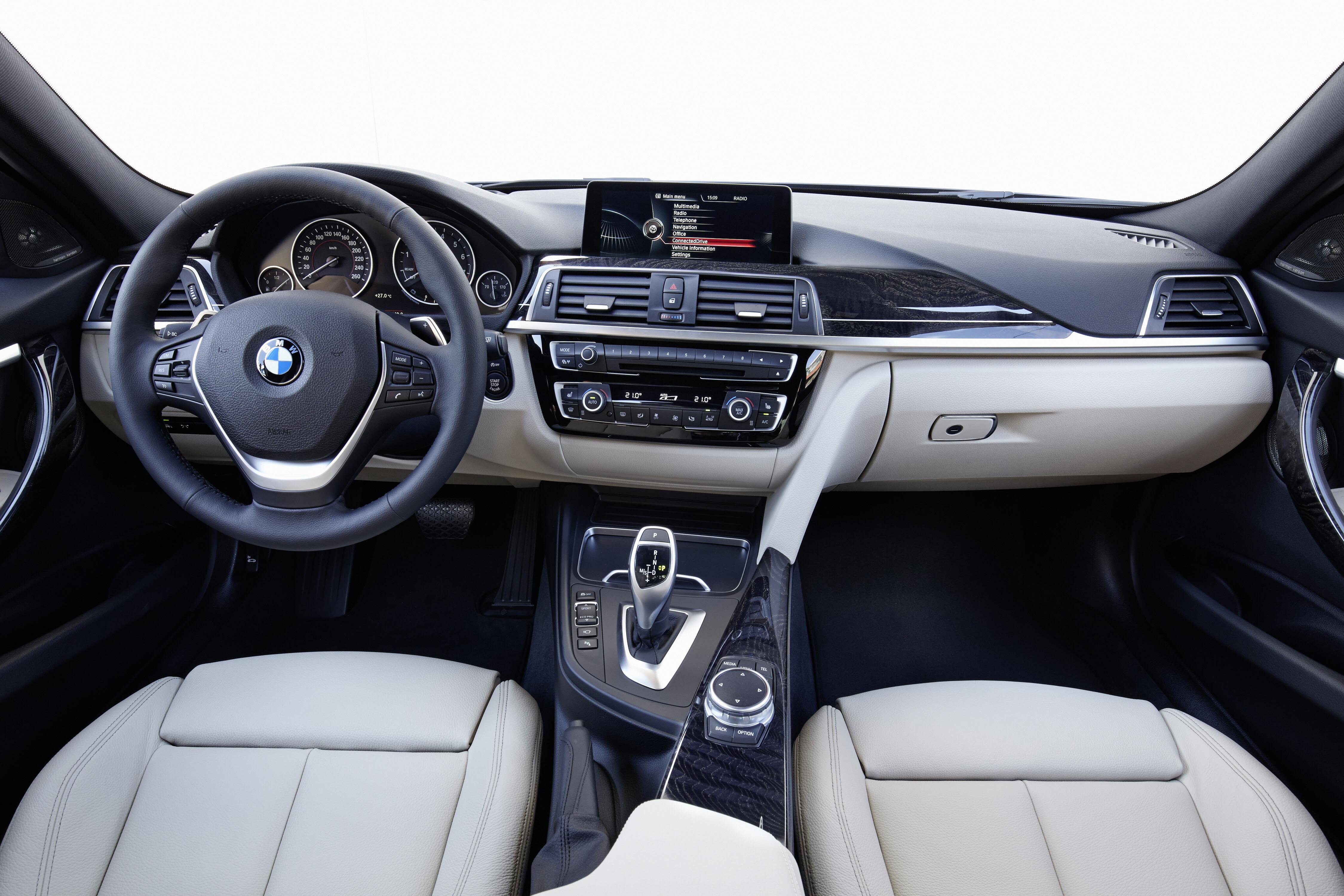 BMW33