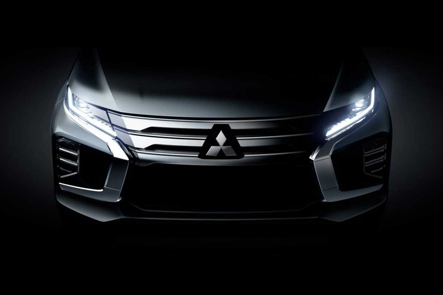 2020 Mitsubishi Pajero Sport teased debut