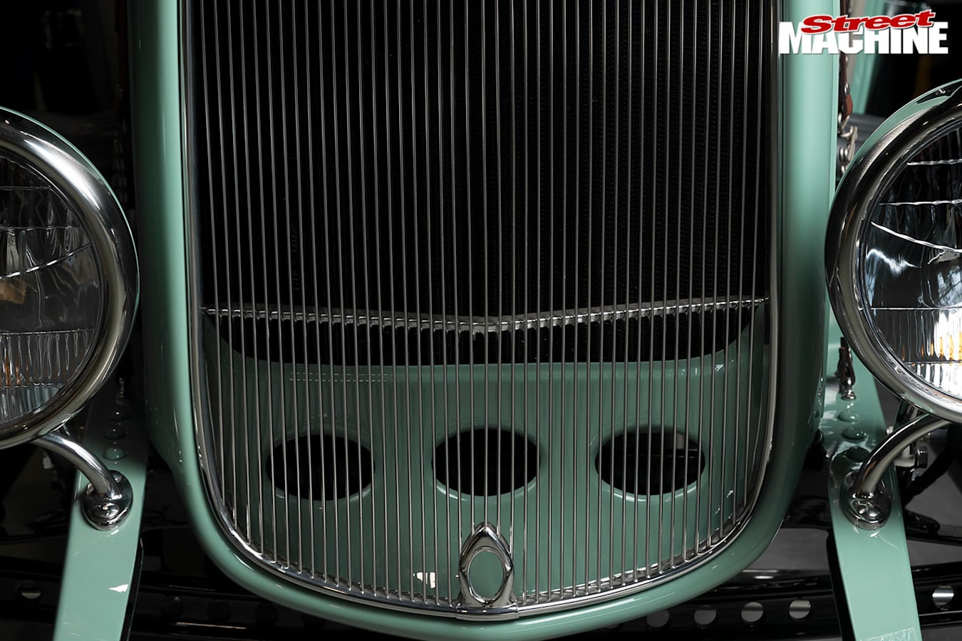 1932 Ford Roadster grille