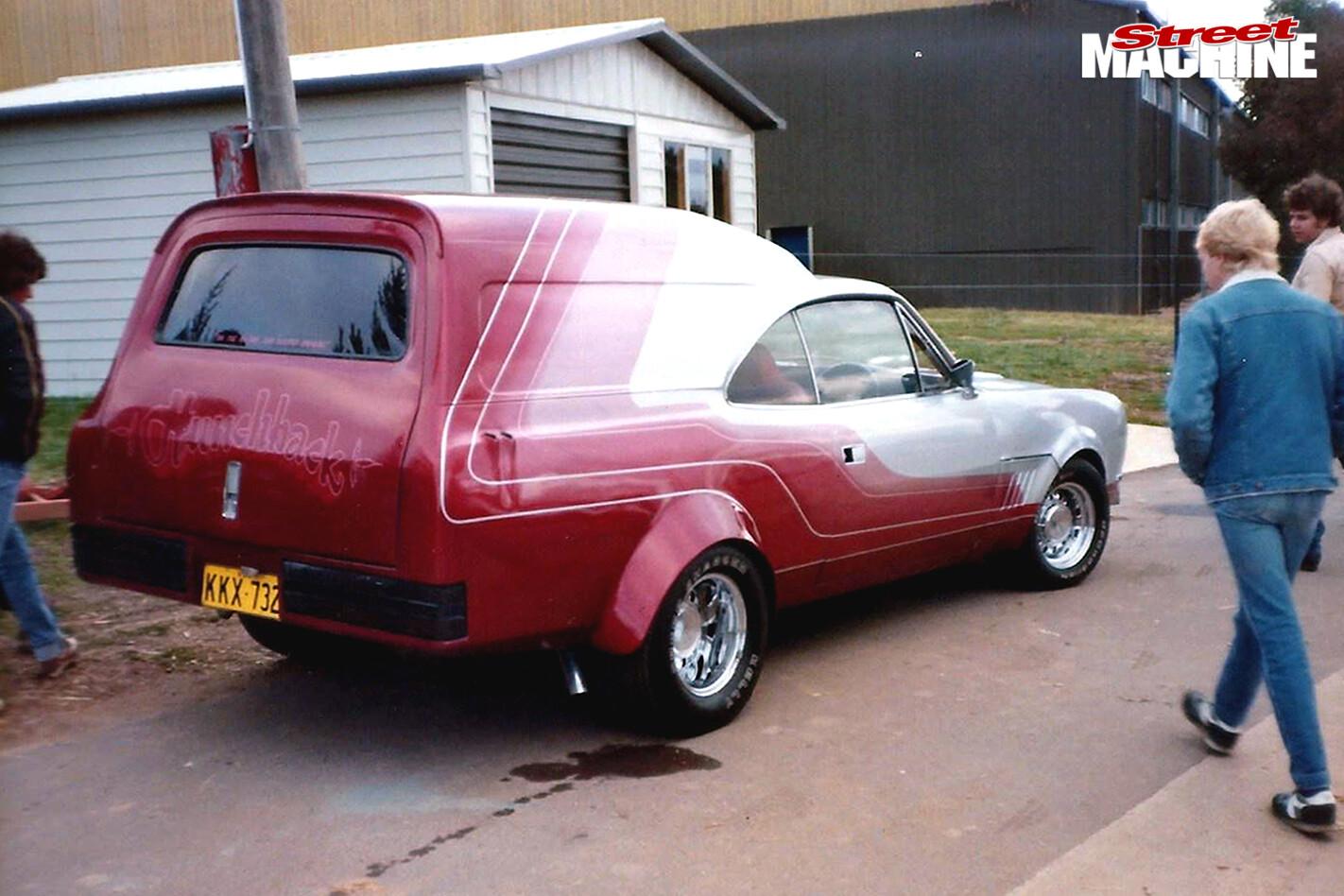 Hunchback -panel -van -rear -alex -smits