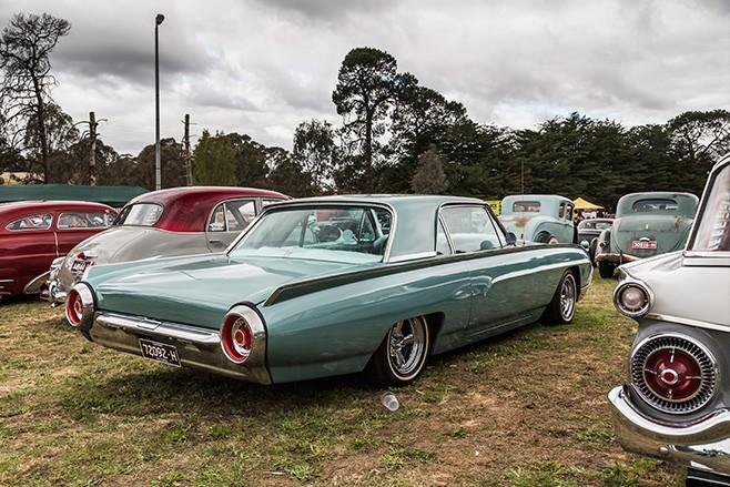 1963 Ford T-Bird