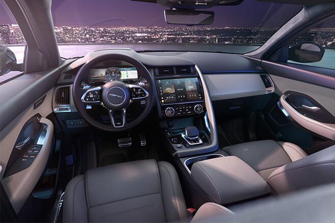 https://d3lp4xedbqa8a5.cloudfront.net/s3/digital-cougar-assets/whichcar/2020/10/28/-1/2021-Jaguar-E-Pace-interior.jpg